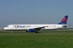 A321 TC-OBY Onur Air 2 (Avia-Photo) Tags: airline aircraft aeroplane airport airliner aviation aviacion airplane airlines airliners avion ams airbus eham flugzeug jet luftfahrt plane planespotting pentax spotter