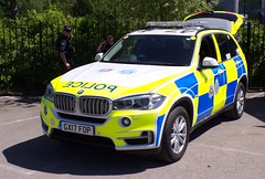 6373 - Surrey Pol - GX17 FOP - 101_1926 (Call the Cops 999) Tags: uk gb united kingdom great britain england 999 112 emergency service services vehicle vehicles 101 police policing constabulary law and order enforcement