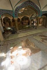 Lumière (hubertguyon) Tags: iran perse persia asie asia moyen proche orient middle east kerman ville city hammam ganjali khan