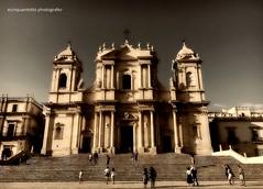 La Danza (Ecinquantotto (+ 1.777.000 views !!! GRAZIE) Tags: architettura architecture art arte colori colors chiese church italia italy sicilia sicily mediterraneo