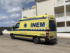 INEM Ambulance - Praia da Rocha - Portugal (firehouse.ie) Tags: ambulanza mercedesbenz vehicle emt ems ambulancia ambulances algarve ambulance inem medics medical mercedes