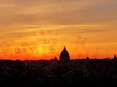 Un tramonto é come se il cielo rovesciasse sul mondo un cestino di farfalle macchiate d'oro , tuorli d'uovo e vetri ardenti . (Nabel Grant) Tags: landscape balsoup roma sunrise canonphotography 55mm
