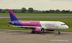 Wizz Air A320 ~ HA-LWH (© Freddie) Tags: luton bedfordshire lutonairport ltn eggw ltneggw airbus wizzair a320 halwh fjroll ©freddie