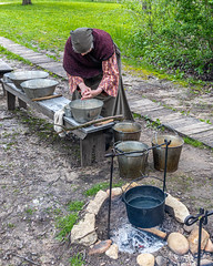 Washing (AChucksEyeView) Tags: period old world wisconsin rustic fire camp