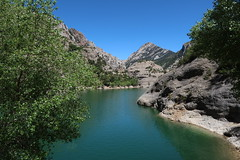 Embalse de Vadiello (rdspalm) Tags: embalse reservoir lake mountains pyrenees water landscapes canong7x