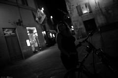 Voyage en Italie 2018   1450 (Distagon12) Tags: sienne sienna italy italia italie citybynight city street streetphoto strada strasse night nightphoto nuit villenuit nacht noche notte summilux sonya7rii wideaperture summilux35asph light rue tourism toscane toscana photosderue
