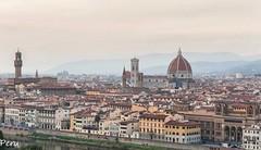 Firenze (Perurena) Tags: ciudad city renaciiento casas edificios houses buildings iglesias catedrales palacios cielo sky nubes clouds florencia toscana italia