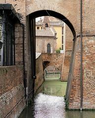 Ferrara-3 (e.berti93) Tags: ferrara architecture architettura art italy brick urban antico monumento castello estense piazza città bike