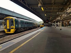 158952, 166212 (Conner Nolan) Tags: 166212 158952 class158 class166 gwr greatwesternrailway bristoltemplemeads