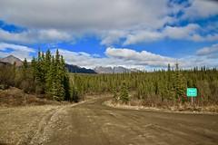 Nabesna Road (neukomment) Tags: alaska road nabesnaroad mentastamountains mountains may 2019 spring wiiderness canoneosrebelt5i 18250mmf3563dcosmacrohsm sigmalens