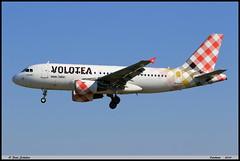 AIRBUS A319 111 VOLOTEA EC-MTC 2258 Entzheim avril 2019 (paulschaller67) Tags: airbus a319 111 volotea ecmtc 2258 entzheim avril 2019