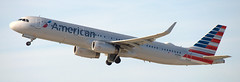 Airbus A-321 N119NN (707-348C) Tags: losangeles thehill klax passenger airliner jetliner airbus airbusa321 a321 americanairlines american n119nn lax usa ca california 2019 aal