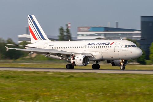 Hamburg Airport: Air France Airbus A319-111 A319 F-GRHY MSN 1616