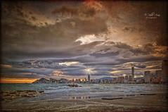(127/19) Hace algunos años, --- / Some years ago. ... (Pablo Arias) Tags: pabloarias photoshop ps capturenxd españa photomatix nubes cielo arquitectura edificios rascacielos mar agua mediterráneo playa arena poniente benidorm alicante