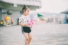 YAL_1448 (哲攝.阿哲) Tags: 兒童新樂園 親子寫真 兒童寫真 哲攝kenny 寶寶寫真 摩天輪 親子互動