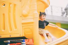 YAL_1269 (哲攝.阿哲) Tags: 兒童新樂園 親子寫真 兒童寫真 哲攝kenny 寶寶寫真 摩天輪 親子互動