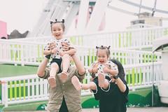 KEN_5686-1 (哲攝.阿哲) Tags: 兒童新樂園 親子寫真 兒童寫真 哲攝kenny 寶寶寫真 摩天輪 親子互動