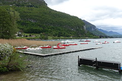 Red boats @ Lake Annecy @ Petit Port @ Annecy-le-Vieux (*_*) Tags: europe france hautesavoie 74 annecy annecylevieux savoie spring printemps 2019 may petitport lacdannecy lakeannecy