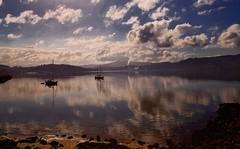 """*COMBARRO*"" #PHOTOMOVIL #photography #nature #paisajes #landscape #colors #reflections #clouds #sea #water #riadearousa #recunchos #currunchos #galicia #pontevedra #devilagarcía #vilagarciadearousa #digitalphotography #galiciamaxica #vga_viva #nationalge (saffsunset) Tags: riadearousa nationalgeographic nature reflections galiciamaxica currunchos vgaviva clouds water pontevedra photomovil colors sea recunchos galicia vilagarciadearousa digitalphotography paisajes devilagarcía photography landscape"