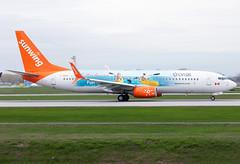 C-GOWG Sunwing B738 (twomphotos) Tags: plane spotting yul cyul rwy24l rwy06r colorfullspecial bestofspotting sunwing airlines boeing b738