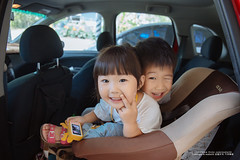 life (nodie26) Tags: 花蓮 hualien 花蓮旅遊 旅遊景點 花蓮景點 台灣 taiwan 旅遊 景點 風光 風景 美 外拍 人像 canon 6d 2427mm f4 f4l 素材 素材庫 小孩 小孩子 孩子 兒童 女童 女孩 girl kid