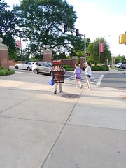 ITA_IDC_SHA_UMDWalksmartRt1_051719_03 (Idle Time Ads) Tags: streetteam publicoutreach itapromotions idletimeadvertising maryland washington dc virginia pedestriansafety collegeparkwalksmart universityofmaryland sha mdot