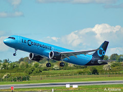 LA COMPAGNIE A321Neo F-HBUZ (Adrian.Kissane) Tags: ireland lacompagnie a321 shannon 2052019 fhbuz 8866 aircraft shannonairport neo airbus plane sky jet aeroplane flight outdoors sunshine takeoff