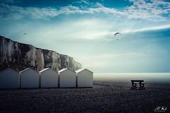 Le_Tréport_0418-28-2 (Mich.Ka) Tags: normandie banc beach bench borddemer cabanedeplage côtedalbâtre falaise harbourg hautenormandie landscape letréport mer parapente plage port rayondesoleil sea seascape seinemaritime