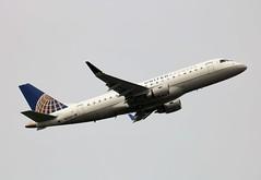 N121SY Embraer ERJ-175LR 17000430 United Express (howtrans38) Tags: n121sy embraer erj175lr united express