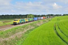 90049&018-Daresbury-2.5.19 (shaunnie0) Tags: 4m27 class90 freightliner daresbury intermodal 90049 90018