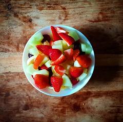 Monday breakfast. (Papa Razzi1) Tags: strawberries grapes galia apple melon banana breakfast may 2019 yummy delicious s9