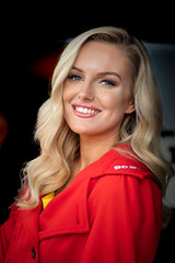 Team Shredded Wheat with Gallagher Grid Girl (jdl1963) Tags: team shredded wheat with gallagher grid girl british touring cars btcc motor sport motorsport racing thruxton andover hampshire uk