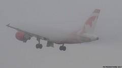 P9161625 TRUDEAU FOGGY MORN (hex1952) Tags: yul trudeau canada airbus a319 aircanada aircanadarouge fog