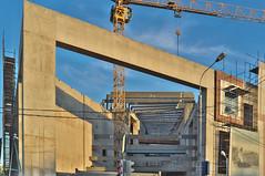 DSCF4763 (Mike Pechyonkin) Tags: 2019 moscow москва building стройка crane кран sky небо house дом streetlight фонарь traffic light светофор