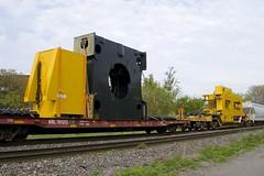 KRL 701212 (Michael Berry Railfan) Tags: cn canadiannational cn401 train freighttrain sthenri montreal montrealsub quebec komatsu qttx130726 krl701212