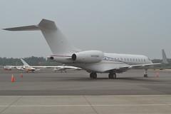 N499WR (LAXSPOTTER97) Tags: n499wr bombardier global 5000 cn 9458 eagle one ii llc airport aviation kbli airplane