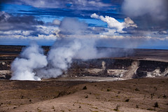 Hawaii Volcanoes National Park, Hawaii Island (El-Branden Brazil) Tags: hawaii volcano hawaiiisland thebigisland volcanic hawaiivolcanoesnationalpark caldera crater