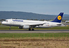 D-AIQT (Skidmarks_1) Tags: daiqt lufthansa airbusa320 engm norway osl oslogardermoenairport aviation aircraft airport airliners