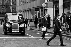 London (Silvia Sagone) Tags: streetphotography street city bnw london people