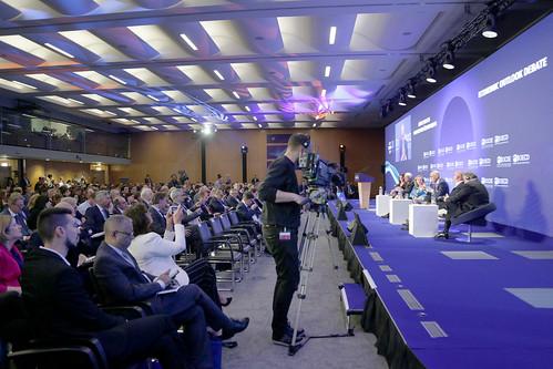 2019 OECD Forum: Economic Outlook Debate