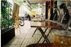 000005 (vuphone0977) Tags: vietnam yashica takuma 55f18 vistaplus200 saigon sàigòn cafe2fone landscape streetlife mylife