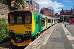 Northern 150105 (Mike McNiven) Tags: arriva railnorth northern londonmidland londonnorthwesternrailway london northwestern midland railway sprinter supersprinter leeds wigan wallgate southport manchester victoria dmu diesel multipleunit