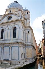 Chiesa di Santa Maria dei Miracoli (Joe Shlabotnik) Tags: church chiesa 2019 italia april2019 venezia venice italy canal afsdxvrzoomnikkor18105mmf3556ged