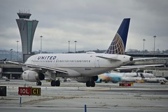 United Airlines 1998 Airbus 319 N815UA c/n 867 departing San Francisco Airport 2019. (17crossfeed) Tags: airbus 320 319 n815ua 867 unitedairlines unitedexpress airport aviation aircraft airplane pilot planes planespotting plane 17crossfeed claytoneddy landing takeoff tower taxi lufthansa flying flight flightattendant