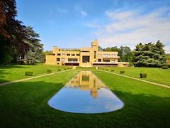 Villa Cavrois (Berliner1963) Tags: frankreich france roubaix croix architektur architecture modernearchitektur modernarchitecture paulcavrois robertmalletstevens klassischemoderne garten gartenansicht