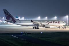 A7-HJJ Qatar Amiri Flight Airbus A330-202 (buchroeder.paul) Tags: eddl dus dusseldorf international airport germany europe ground night a7hjj qatar amiri flight airbus a330202