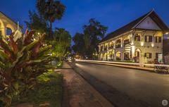 Luang Prabang [LA] (ta92310) Tags: travel laos unesco bluehour winter hiver 2019 history histoire architecture luangprabang indochine longexposure lao louangprabang