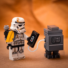 Gonk! (thereeljames) Tags: gonk stormtrooper lego legophotography starwars droid toyphotography toys toyphotographers canon