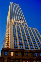 ESB In Gold (MPnormaleye) Tags: deco esb skyscraper tower skyline urban moderne utata nyc manhattan 24mm