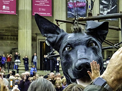 HIGH FIVE FOR EL XOLO (CloudBuster) Tags: royaldeluxe liverpool el xolo giants city streettheatre people crowd stgeorges hall mensen menigte hond dog